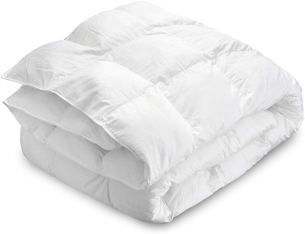 MAXI Alternative Down Comforter