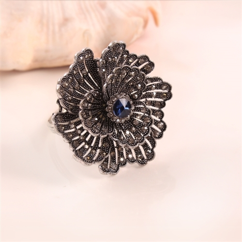 Black Buttercup with Blue Crystal Napkin Ring, Decorative Table Accessories