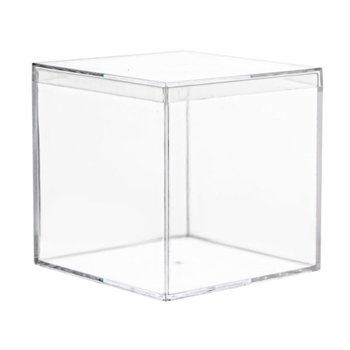 3x3 Clear Square Boxes w/ Lids  4Ct