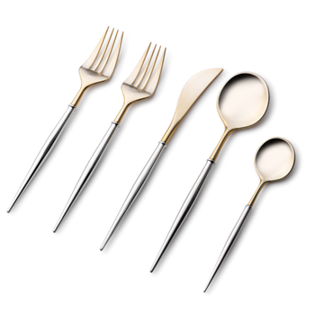 Noble Collection Cutlery 40 Pc w/ Gold and Silver
