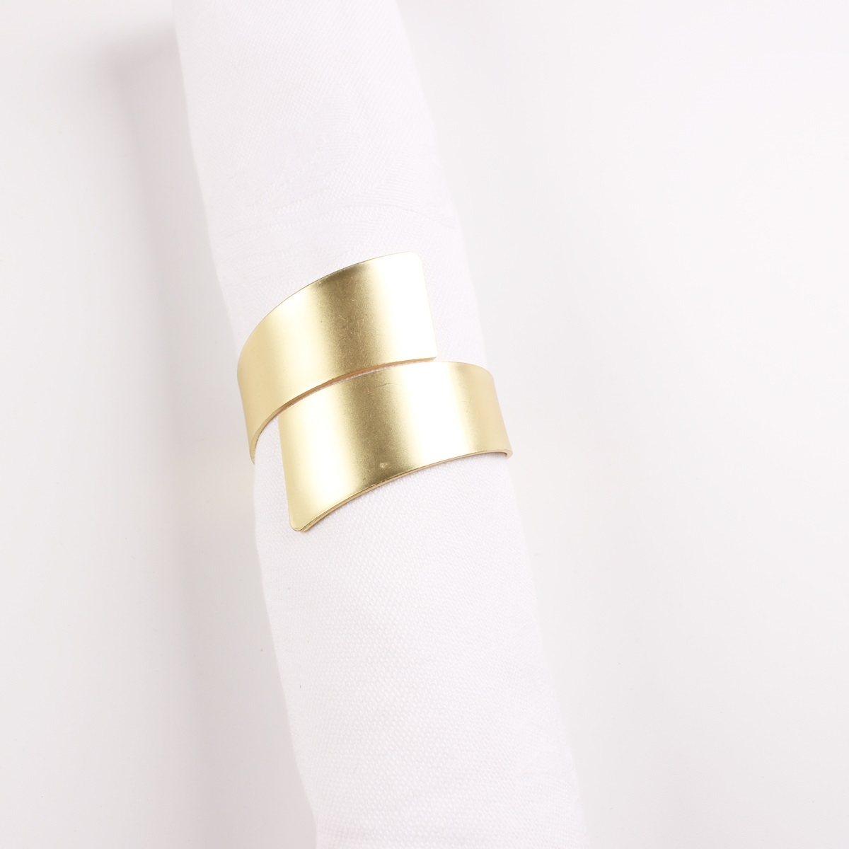 Matted Gold Contemporary Cuff Design Napkin Rings - Set of 4