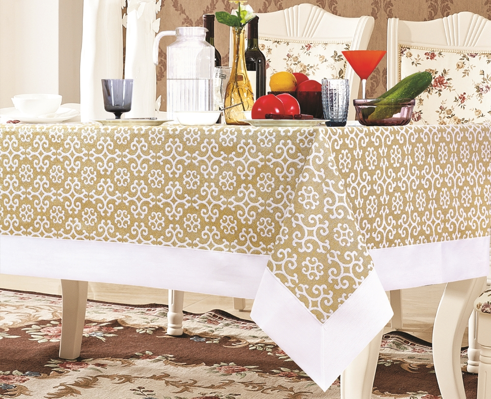 Gold & White Snowflake Damask Tablecloth - Luxury Table Covers
