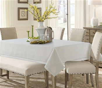 White Linen Like Tablecloth - Luxury Table Covers